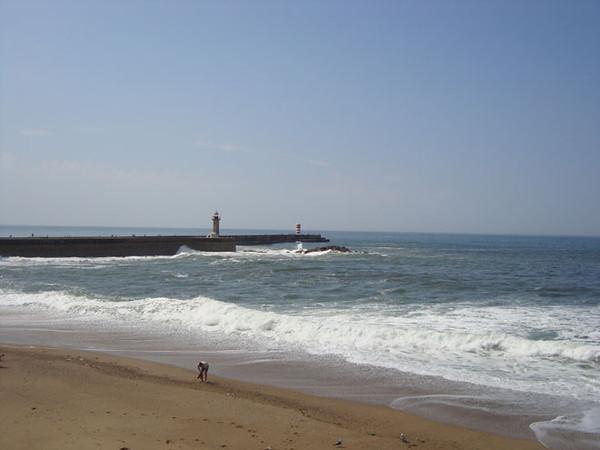 The beach at Foz, Porto, visit porto