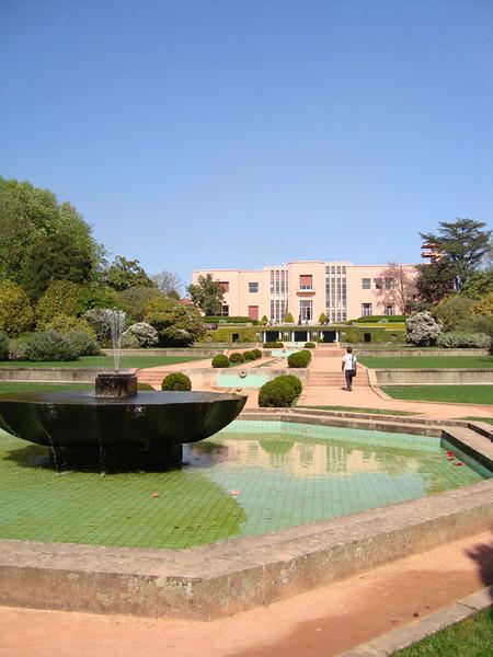 he Art Deco mansion at Serralves